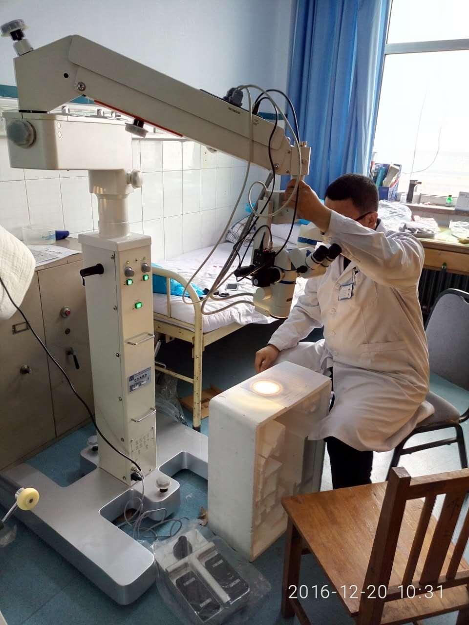 山东德州某医院-神外科手术显微镜